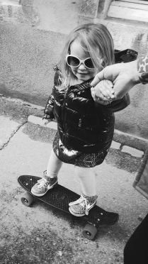 Elli skater